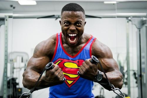 Cómo empezar a entrenar en el gimnasio si eres novato: entrenamiento de las semanas 1 y 2