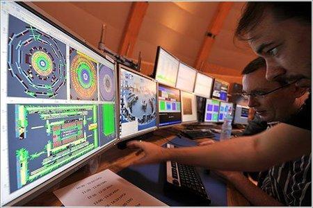 El Gran Colisionador de Hadrones detecta el bosón W en menos de un mes