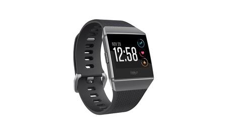 Hoy en Amazon, el Fitbit Ionic en gris cobalto casi a su precio mínimo, por sólo 204,90 euros