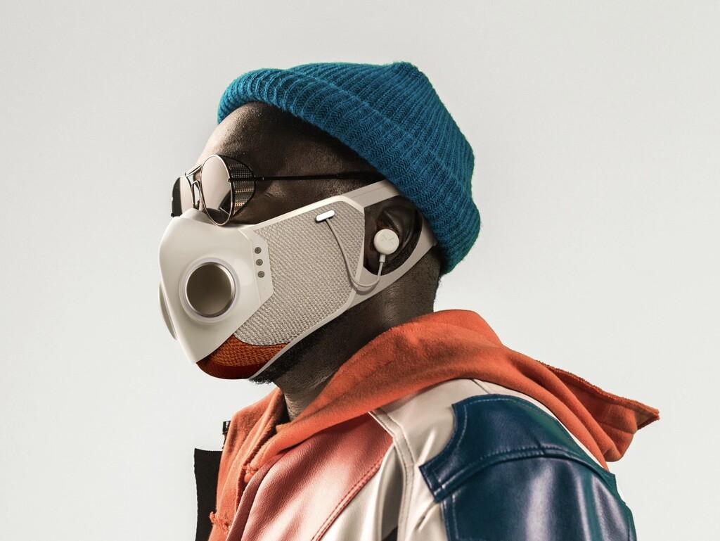 Xupermask, la mascarilla diseñada por will.i.am y Honeywell que viene con filtros HEPA, luces LED y hasta auriculares integrados