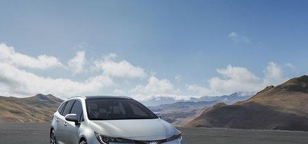 El Toyota Corolla Touring Sports crece a modo de vagoneta con cajuela de 600 litros