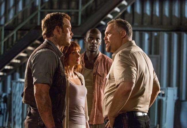 Chris Pratt, Bryce Dallas Howard, Omar Sy y Vincent D'Onofrio en Jurassic World
