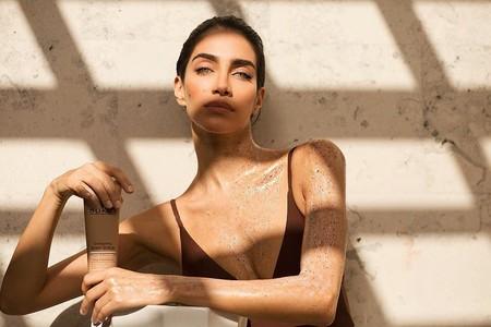 Once exfoliantes corporales que te ayudarán a tener la piel súper suave este invierno