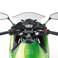 Foto 33 de 52 de la galería kawasaki-er-6f-2012-version-carenada-y-mas-agresiva en Motorpasion Moto