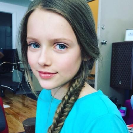 La niña más guapa del mundo ya tiene sucesora, aunque resulta casi ...