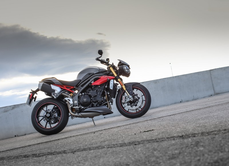 Foto de Triumph Speed Triple 2016 (20/33)