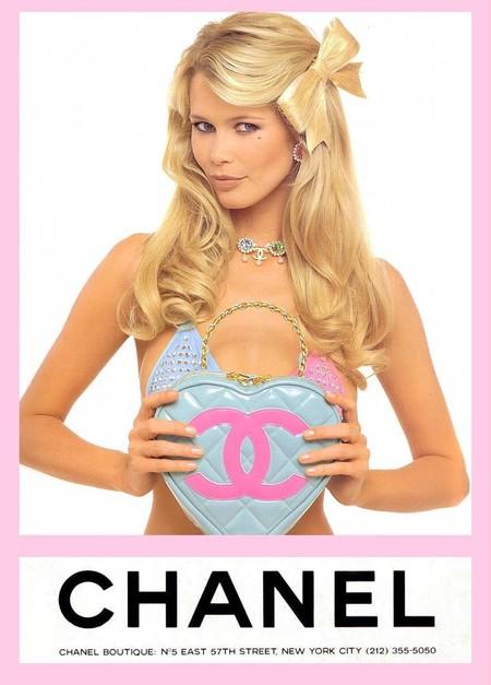 Los 18 bolsos más locos creados por Karl Lagerfeld en la era Chanel (y que son de coleccionista)