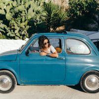 Los 5 automóviles clásicos que lo petan en su versión moderna