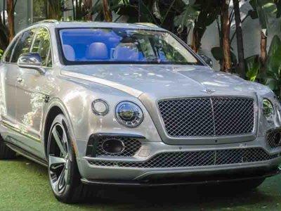 Bentley Bentayga First Edition se deja ver en un exclusivo evento VIP, previo al Auto Show de Los Ángeles 2015