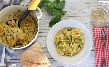 Pasta con salsa cremosa de limón y calabacín, la mejor receta para disfrutar de la pasta en primavera