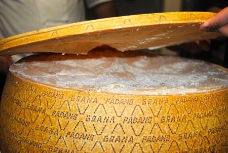 ¿Conoces la diferencia entre los quesos Parmesano, Parmigiano-Reggiano y Grana Padano?
