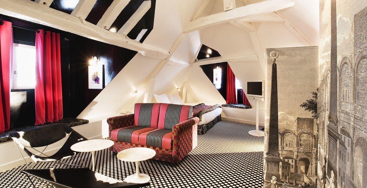 Foto de Hotel du Petit Moulin (7/14)