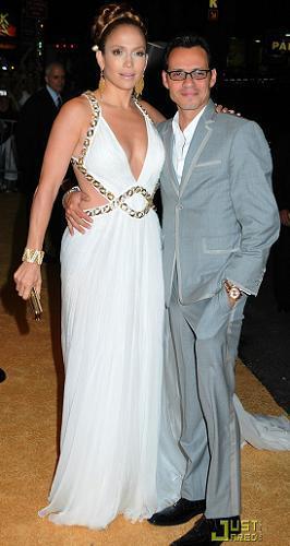 Los vestidos de Jennifer López en su 40 cumpleaños