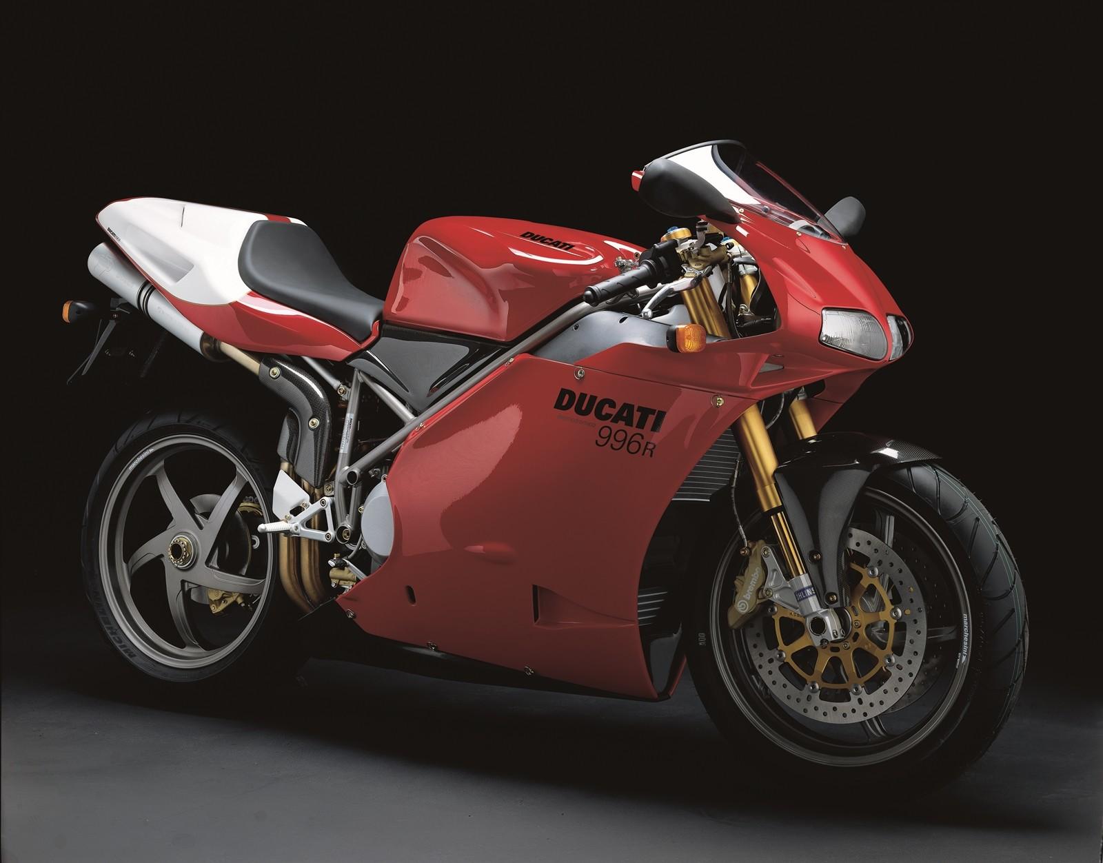 Foto de Ducati Panigale V4 25° Anniversario 916 (71/73)