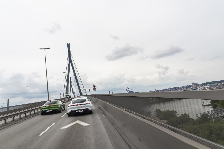 Foto de Porsche Taycan prueba contacto (132/275)