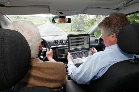 ¿Accederías a llevar 'caja negra' en el coche? Estados Unidos lo está legislando
