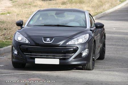Peugeot RCZ 1.6 THP 200 CV, prueba (conducción y dinámica)