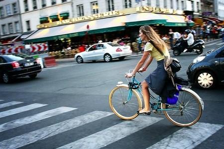 Francia prevé pagar a los que vayan a trabajar en bicicleta 0,21 euros por kilómetro