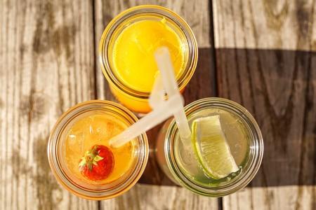 Para El Verano Nada Como Estos Cocteles Faciles De Preparar Con Solo Tres Ingredientes