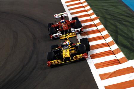 Petrov Alonso Abu Dabi F1 2010