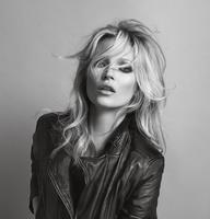 Las mil caras de Kate Moss para Mango. ¡Chica, tú cada día estás mejor!