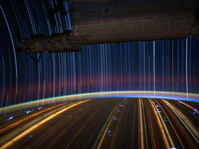 Cómo es fotografiar startrails desde la Estación Espacial Internacional