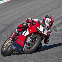 La preciosa Ducati Panigale V4 25° Anniversario 916 ahora en tres vídeos y 80 fotos