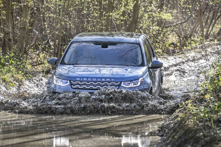 Land Rover Discovery Sport 2019 4