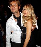 Sienna Miller y Jude Law se tiran los trastos en público