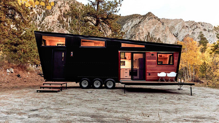 Su nombre es RV Draper y no es una caravana... ¡es una suite sobre ruedas!