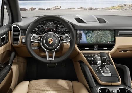 Porsche Cayenne 2018 1600 B0