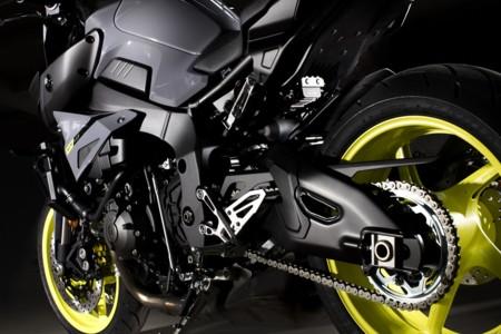 Yamaha Mt 10 Detalles 06