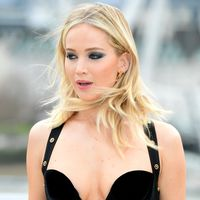 Jennifer Lawrence responde a las críticas a su último outfit: «Son sexistas. Fue mi elección»