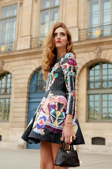 Los 11 vestidos de firmas de lujo con los que no fallarías esta Nochevieja. ¡Inspírate!