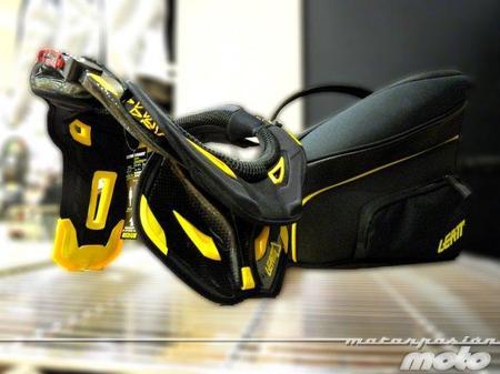 Leatt Brace GPX Pro Full Carbono conjunto