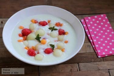 Sopa de melón y frutas. Receta de verano