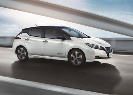 Nissan Leaf 2018 1280 08