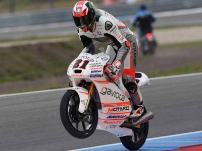 Francesco Bagnaia consigue la victoria en la impredecible guerra civil italiana de Moto3