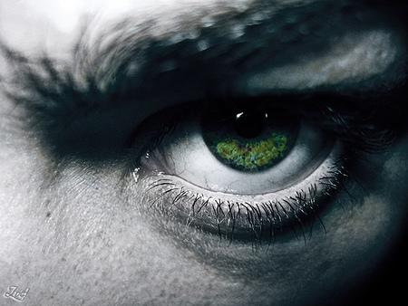 Tecleteos para aplicarte el contorno de ojos
