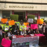 Los taxistas de Ciudad de México siguen en lucha contra Uber: piden que el impuesto del servicio se use para renovar sus taxis
