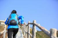 Pros y contras de correr con mochila