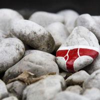 ¿Por qué estas rocas tienen calzoncillos dibujados?