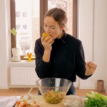 Este vídeo te enseña a cocinar con tu propia boca, pero no se convertirá en la nueva tendencia... aunque podría serlo