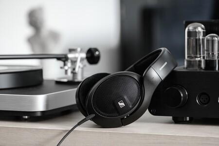 Sennheiser presenta los HD 560S, sus nuevos auriculares HiFi con los que pretenden conquistar la gama media-baja
