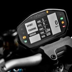 Foto 24 de 68 de la galería ducati-monster-1200-s-2020-color-negro en Motorpasion Moto