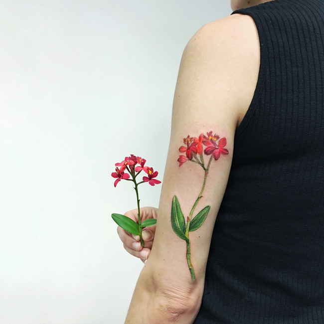 Damos La Bienvenida A La Primavera Con Los 33 Tatuajes Florales Más