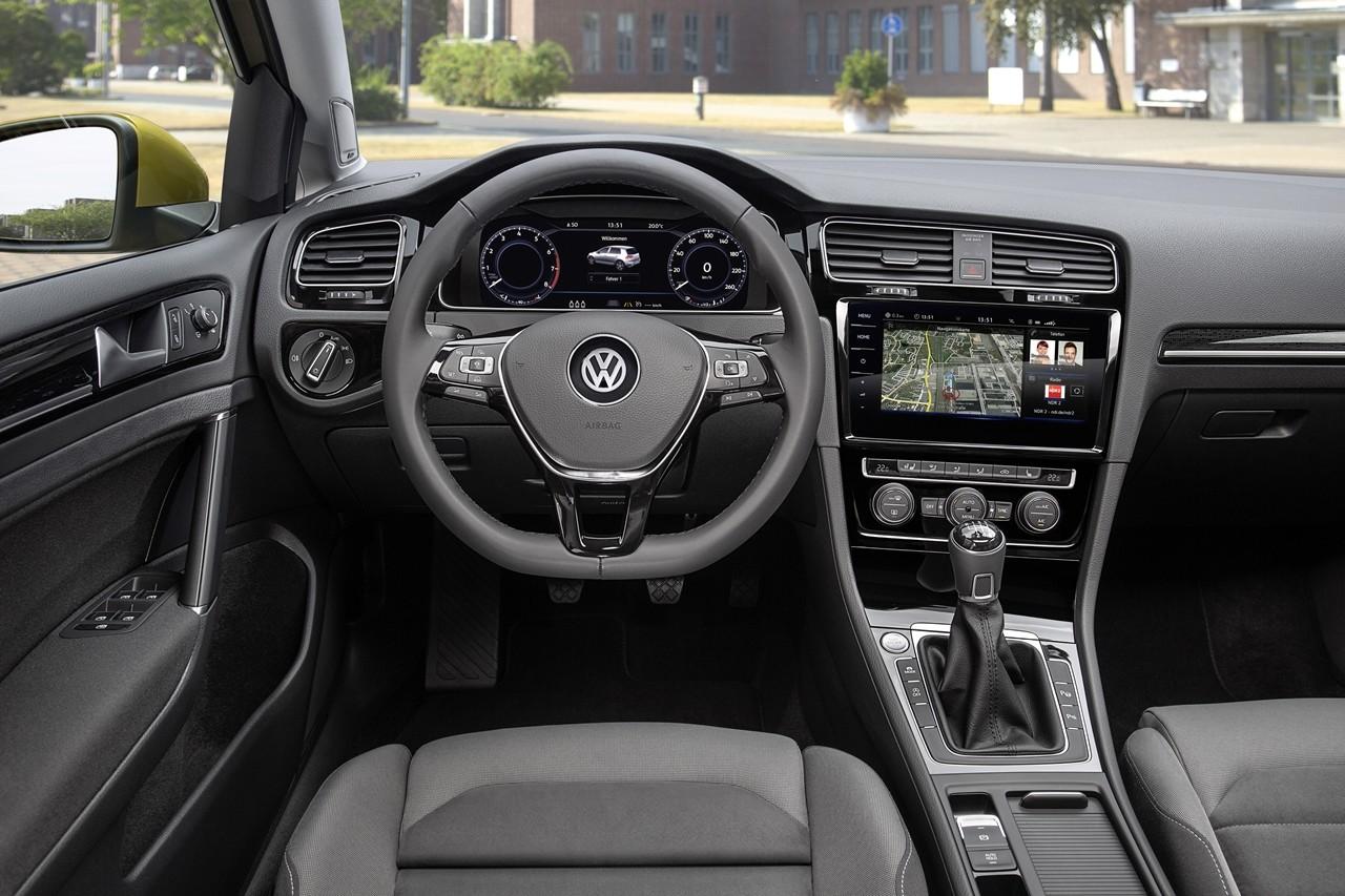 Foto de Volkswagen Golf 2017 (24/28)