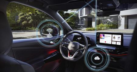 Volkswagen sigue a Tesla e inicia las primeras actualizaciones de software remotas para sus coches eléctricos