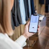 Apple y Burberry crean su propio servicio de chat personalizado para compradores de lujo