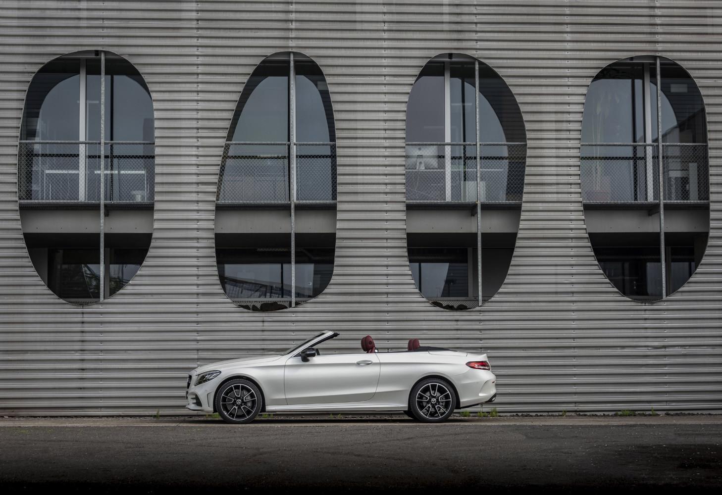 Foto de Mercedes-Benz Clase C 2018, toma de contacto (47/255)